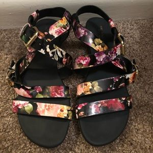 Christian Soriano floral strappy sandals- Sz 7 1/2